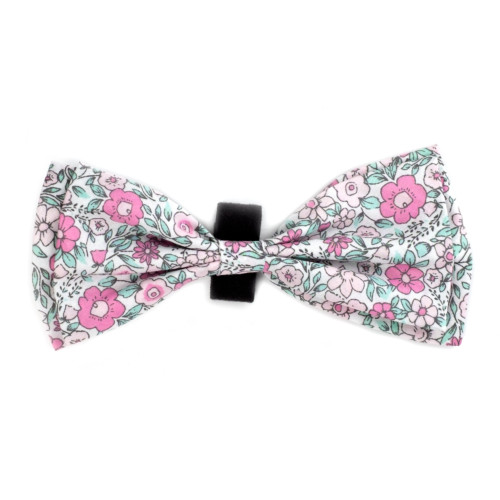 the latest spring fashion trends for your dog. Pink floral bow tie.